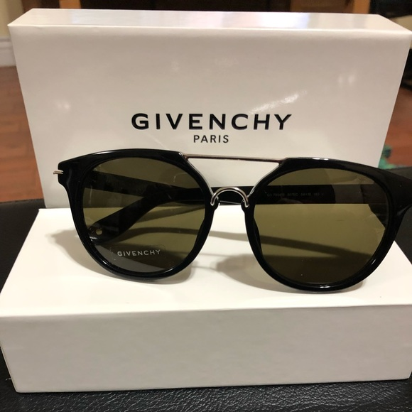 90fc94a3f4039 MENS GIVENCHY SUNGLASSES